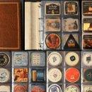 Coleccionismo Papel Varios: LOTE 126 POSAVASOS DISTINTOS COLECCION POSAVASO ALBUM Y 18 HOJAS VER TODOS EN FOTOGRAFIAS. Lote 114717167