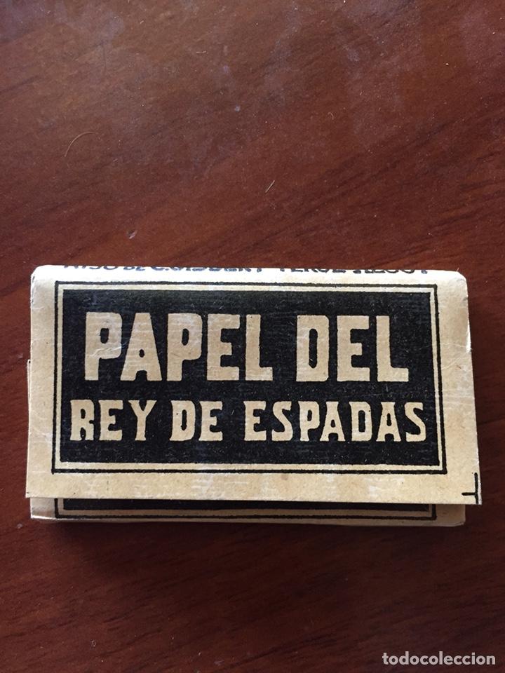 LIBRITO PAPEL FUMAR REY DE ESPADAS (Coleccionismo en Papel - Varios)