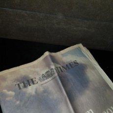 Coleccionismo Papel Varios: DIARIO THE TIMES,12 SEPT 2001.TWIN TOWERS, TORRES GEMELAS.ORIGINAL,COMPRADO EN EDINBURGO REINO UNIDO. Lote 142590894