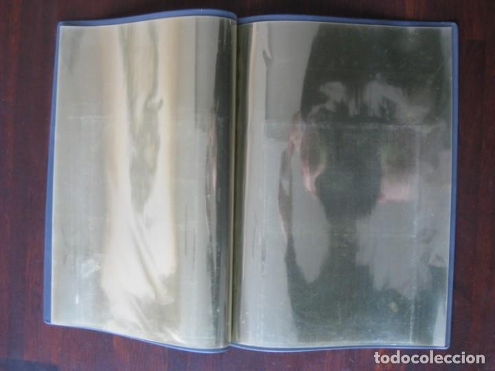 Coleccionismo Papel Varios: Dosier con 20 fundas portafolios para coleccionismo de tebeos, recordatorios, programas, etc - Foto 8 - 146205126