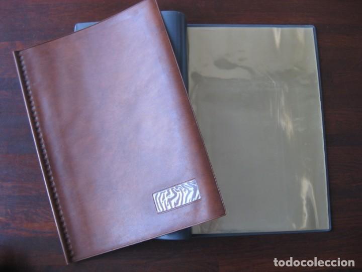 Coleccionismo Papel Varios: Dosier con 20 fundas portafolios para coleccionismo de tebeos, recordatorios, programas, etc - Foto 10 - 146205126