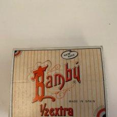 Coleccionismo Papel Varios: CAJA COMPLETA PAPEL DE FUMAR BAMBÚ 1/2 EXTRA. Lote 155588653