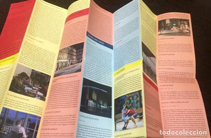 Coleccionismo Papel Varios: El Madrid de Pedro Almodóvar - mapa de Madrid con localizaciones de sus películas - Foto 3 - 233483090