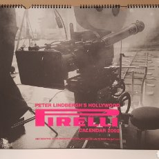 Coleccionismo Papel Varios: CALENDARIO PIRELLI 2002.PETER LINDBERGH'S HOLLYWOOD.(STUDIOS HOLLYWOOD, LOS ANGELES)60×46. Lote 171830824