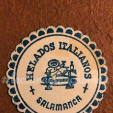 Coleccionismo Papel Varios: ANTIGUO POSAVASOS DE HELADOS ITALIANOS DE SALAMANCA. 9 CMS DE Ø. DE PAPEL.. Lote 176215828