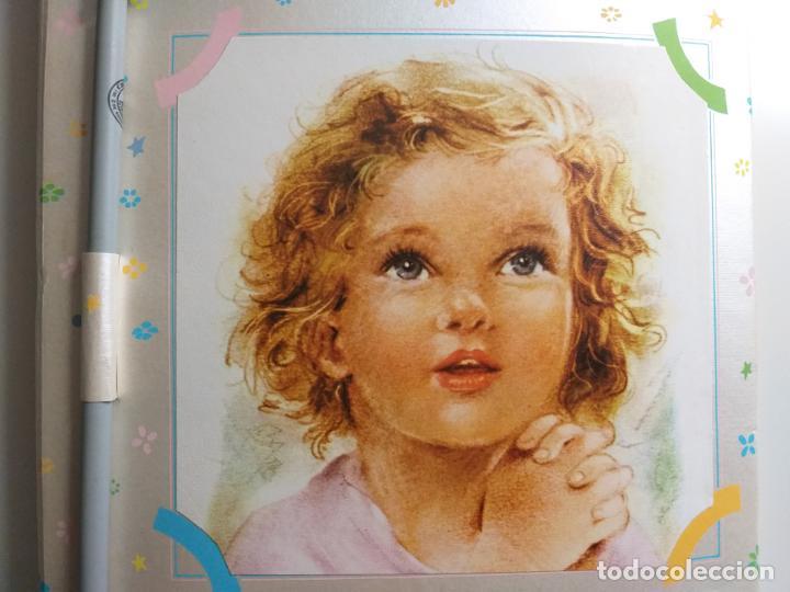 Coleccionismo Papel Varios: Recuerdo de mi primera Comunión. Block de notas, con lápiz. Caricatura de niña. - Foto 2 - 184784697