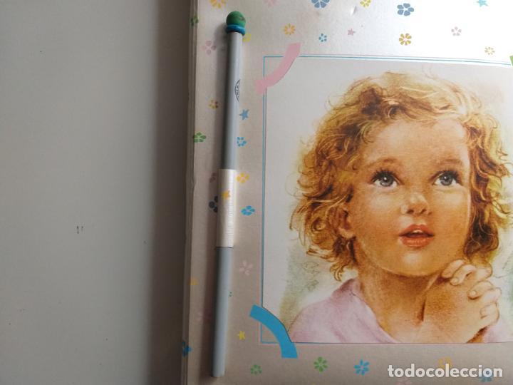 Coleccionismo Papel Varios: Recuerdo de mi primera Comunión. Block de notas, con lápiz. Caricatura de niña. - Foto 3 - 184784697