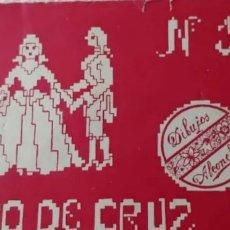 Coleccionismo Papel Varios: ANTIGUO CUADERNILLO: PUNTO DE CRUZ. Lote 192156025