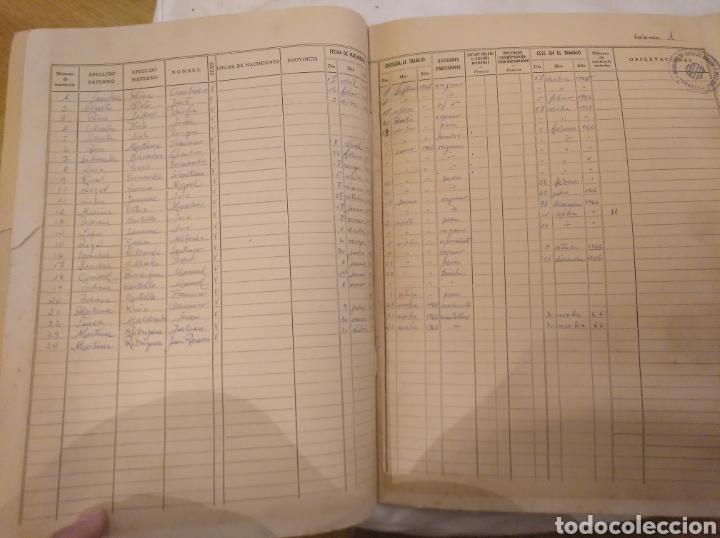 Coleccionismo Papel Varios: 1.2 Libro de Matrícula de operarios.Mutualidad de empresas mineras e industriales. Linares. Año 1965 - Foto 3 - 194246228