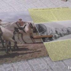 Coleccionismo Papel Varios: RECORTE AÑOS 60 - LOS CABALLISTAS DE LA ROMERIA DE LA VIRGEN DEL ROCIO . Lote 194586466