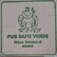 Coleccionismo Papel Varios: POSAVASOS PUB SAPO VERDE MADRID. Lote 194937602