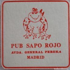 Coleccionismo Papel Varios: POSAVASOS PUB SAPO ROJO MADRID. Lote 194937982