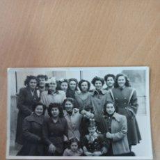 Coleccionismo Papel Varios: ANTIGUA FOTOGRAFÍA VILLENA 1950. Lote 195081576
