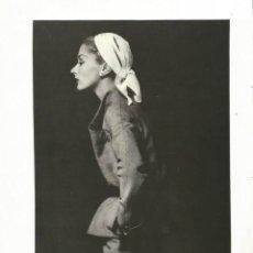 Coleccionismo Papel Varios: LISA FONSSAGRIVES - PHOTO BOOK - PEGADA EN CARTULINA - IRVING PENN. Lote 195196338