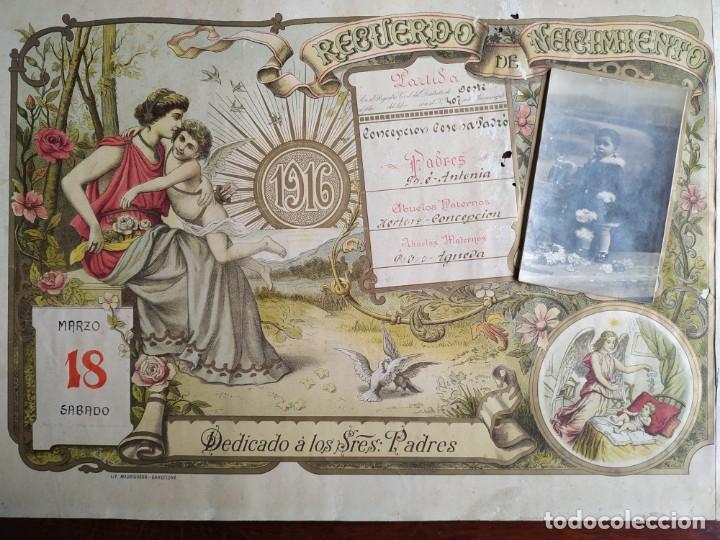 Coleccionismo Papel Varios: ANTIGUO POSTER LITOGRAFICO RECUERDO DEL NACIMIENTO EN EL AÑO 1916 - Foto 2 - 197279053