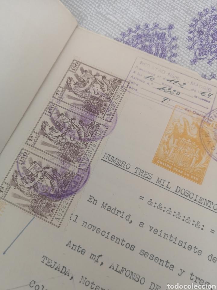 Coleccionismo Papel Varios: Copia de escritura con bonitos sellos Madrid 1963. - Foto 2 - 201861765