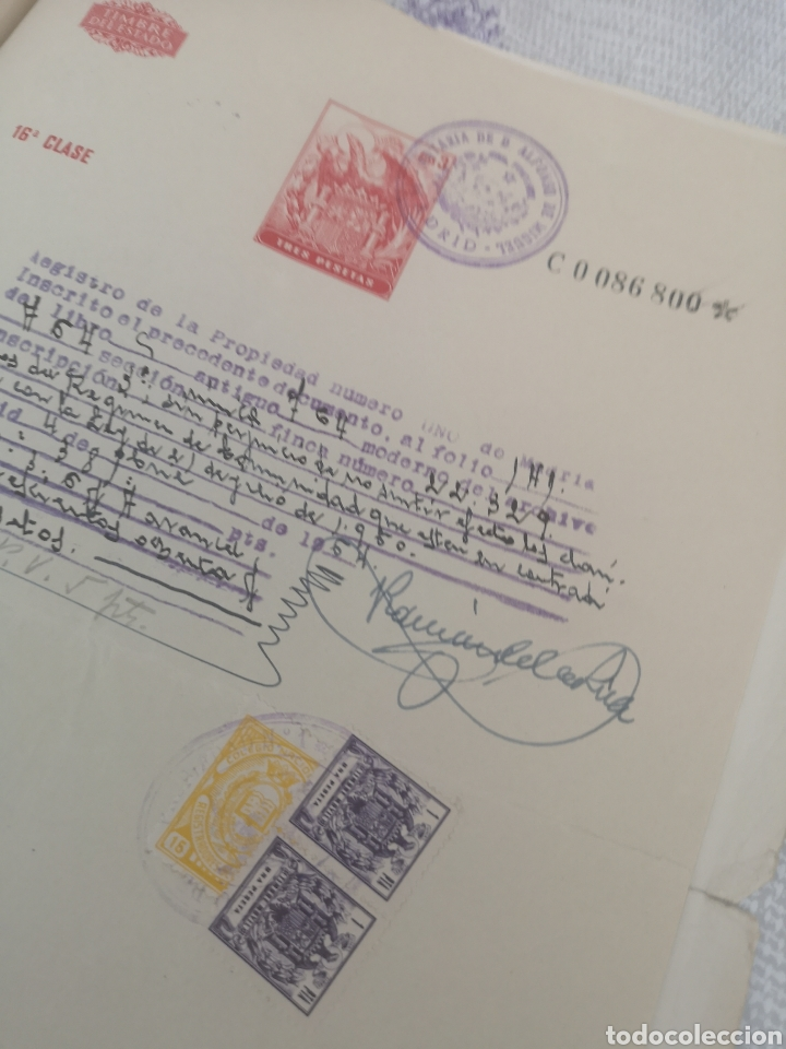 Coleccionismo Papel Varios: Copia de escritura con bonitos sellos Madrid 1963. - Foto 5 - 201861765