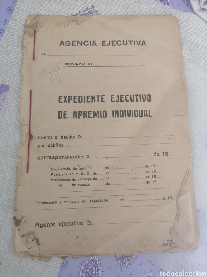 CARPETA CON 25 DOCUMENTOS RECAUDADOR AÑOS 30 (Coleccionismo en Papel - Varios)