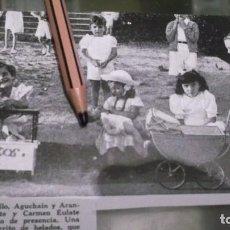Coleccionismo Papel Varios: RECORTE AÑO 1946.LAS NIÑAS PILI MORELLO,AGUCHAIN Y ARANCHA GÁRATE Y CARMEN EULATE CON MUÑECAS. Lote 226905036