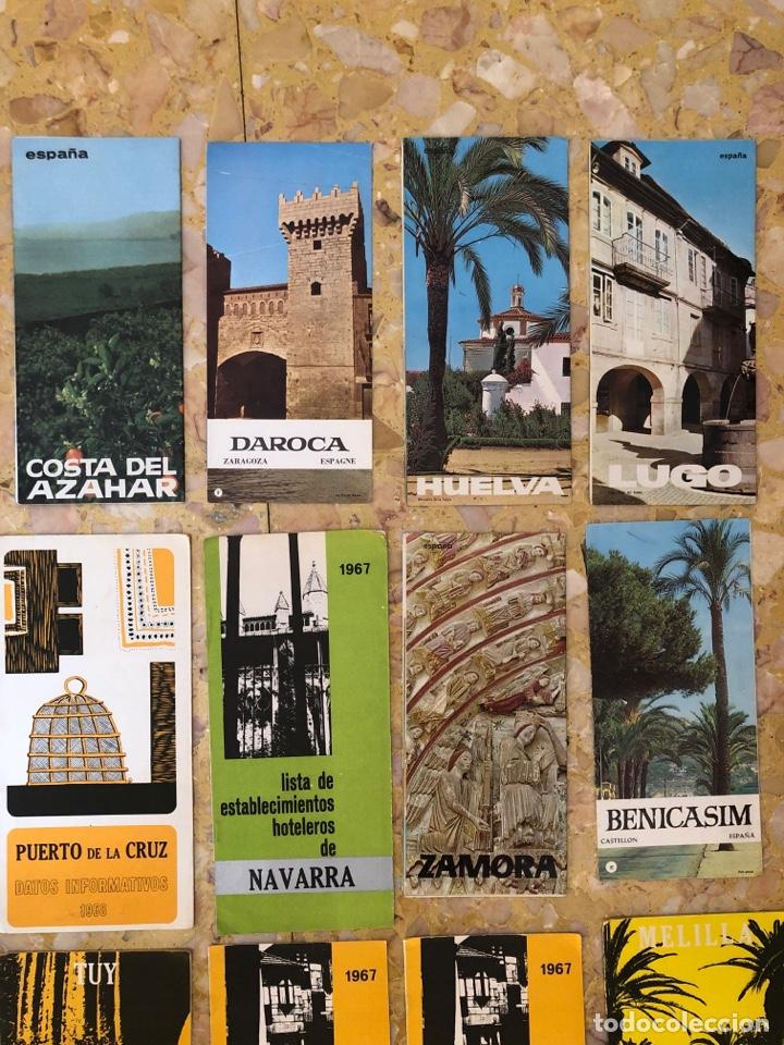 Coleccionismo Papel Varios: Folletos turísticos lote de 23 folletos desplegables de diferentes sitios de España - Foto 2 - 229028095