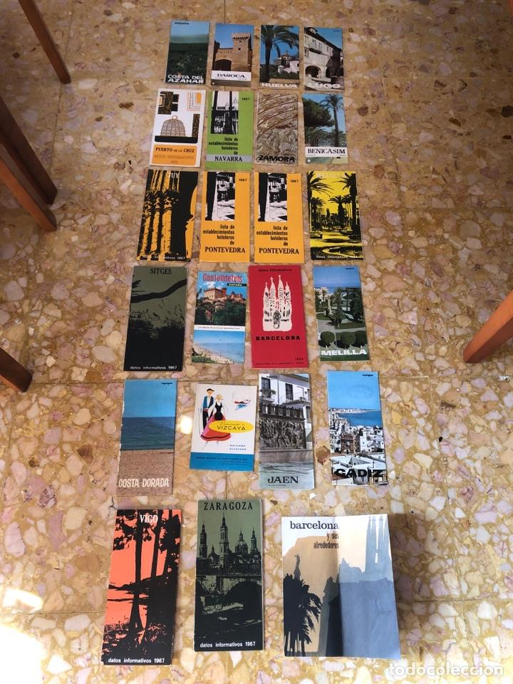 FOLLETOS TURÍSTICOS LOTE DE 23 FOLLETOS DESPLEGABLES DE DIFERENTES SITIOS DE ESPAÑA (Coleccionismo en Papel - Varios)