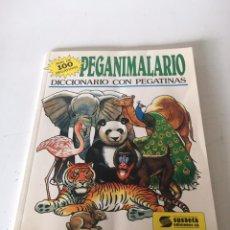 Coleccionismo Papel Varios: PEGANIMALARIO - DICCIONARIO CON PEGATINAS. Lote 234340340