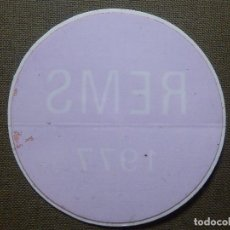 Pegatinas de colección: PEGATINA - ADHESIVO - STICKER - REMS 1977 - 60 MM. DIAMETRO - PARA CRISTAL - COLOR ROJO. Lote 84621908