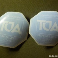 Pegatinas de colección: PEGATINA - ADHESIVO - STICKER - ALARMAS - ADT - 80 X 80 MM - PARA CRISTAL - PAREJA 2 PEGATINAS -. Lote 243916305