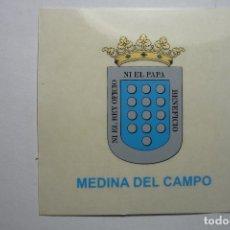 Pegatinas de colección: PEGATINA ESCUDO HERALDICO MEDINA DEL CAMPO. Lote 95975971
