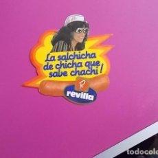 Pegatinas de colección: PEGATINA / LA SALCHICHA DE CHICHA QUE SABE CHACHI /REVILLA . Lote 106069779