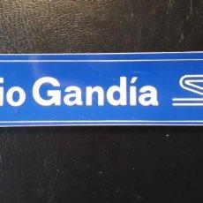 Pegatinas de colección: PEGATINA RADIO GANDIA CADENA SER. ALARGADA. PRINCIPIOS DE LOS 80. + DE 20 CM.. Lote 127469618