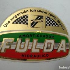 Pegatinas de colección: PEGATINA DE LOS AÑOS 80 FULDA AMORTIGUADOR HIDRÁULICO UNA SUSPENSIÓN TAN SUAVE COMO SEGURA. NUEVA. Lote 135237418