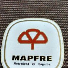 Pegatinas de colección: PEGATINA ANTIGUA MAPFRE MUTUALIDAD DE SEGUROS SIN PEGAR. Lote 145163538
