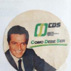 Pegatinas de colección: PEGATINA DE POLÍTICA CDS, COMO DEBE SER, ADOLFO SUAREZ.. Lote 147937726