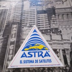 Pegatinas de colección: ANTIGUA PEGATINA ADHESIVO ASTRA EL SISTEMA DE SATELITES 9.5X9CM. Lote 151890998
