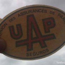 Pegatinas de colección: PEGATINA TÉRMICA UAP SEGUROS /// BUEN ESTADO /// CALENDARIO / LLAVERO / PIN / CHAPA / MAPFRE / MUTUA. Lote 157833286