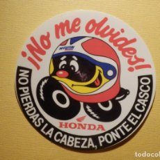Pegatinas de colección: PEGATINA - ADHESIVO - STICKER - HONDA - NO PIERDAS LA CABEZA, PONTE EL CASCO - 9 CM. MOTOS. Lote 194738617