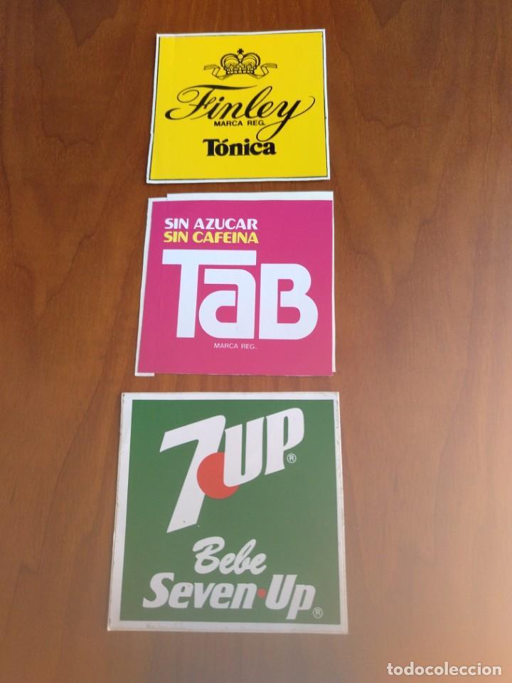 Lote de 3.Pegatinas bebidas tab - Seven Up y finley años 80 sin pegar segunda mano