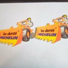 Pegatinas de colección: PAREJA DE PEGATINAS MICHELIN BIBENDUM LOS DUROS DE MICHELIN. Lote 176167610