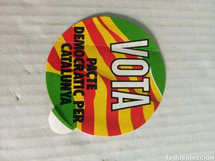VOTA PACTE DEMOCRATIT PER CATALUNYA (Coleccionismos - Pegatinas)