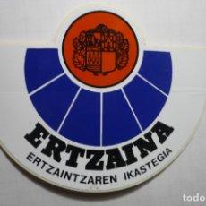 Pegatinas de colección: PEGATINA ERTZAINA -POLICIA VASCA. Lote 179066488