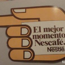 Pegatinas de colección: ANTIGUA PEGATINA.EL MEJOR MOMENTO.NESCAFE.NESTLE.. Lote 180286296