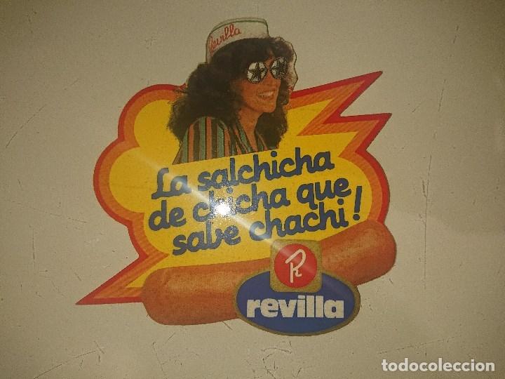 PEGATINA REVILLA -LA SALCHICHA DE CHICA QUE SABE CHACHI, LEER DESCRIPCION (Coleccionismos - Pegatinas)