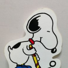 Autocollants de collection: PEGATINA SNOOPY ANTIGUA HOCKEY . Lote 182133723