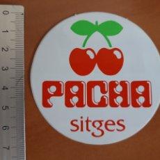 Pegatinas de colección: PEGATINA PACHA SITGES AÑOS 80. Lote 190709426