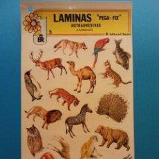 Adesivi di collezione: LÁMINAS AUTOADHESIVAS PEGA-FIX. ANIMALES. EDITORIAL ROMA. Lote 194677980