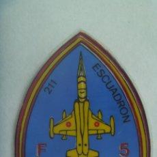 Pegatinas de colección: AVIACION : PEGATINA DEL 211 ESCUADRON DE F - 5 . LEER DESCRIPCION. Lote 244762600