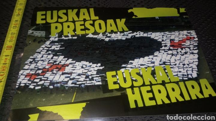 Pegatinas de colección: Pegatina gran tamaño política político Vasco vasca izquierda abertzale euskal presoak herrira - Foto 2 - 228212340