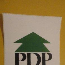 Pegatinas de colección: ANTIGUA PEGATINA POLITICA.PDP.PARTIDO DEMOCRATA POPULAR.ISASIO SIGUERO.SENADO.AÑOS 80. Lote 236459135