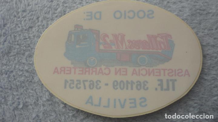Pegatinas de colección: ANTIGUA PEGATINA PARA CRISTALES.SOCIO DE TALLERES M-2 ASISTENCIA EN CARRETERA SEVILLA - Foto 2 - 236979205